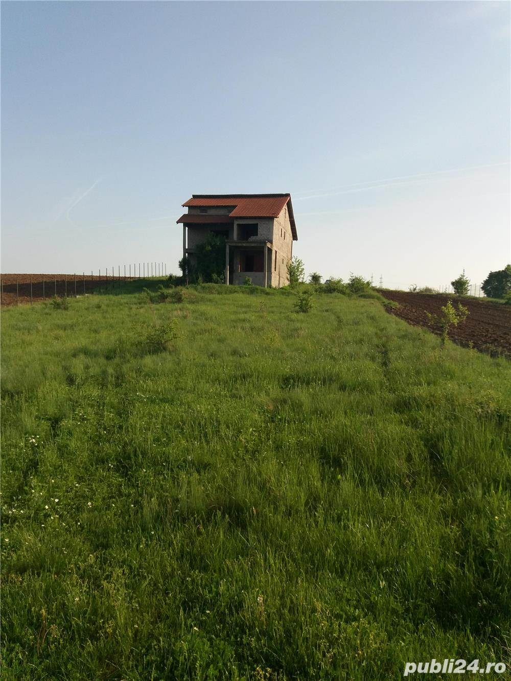 Vand Casa la rosu + teren in BALS(Comuna Baldovinesti)