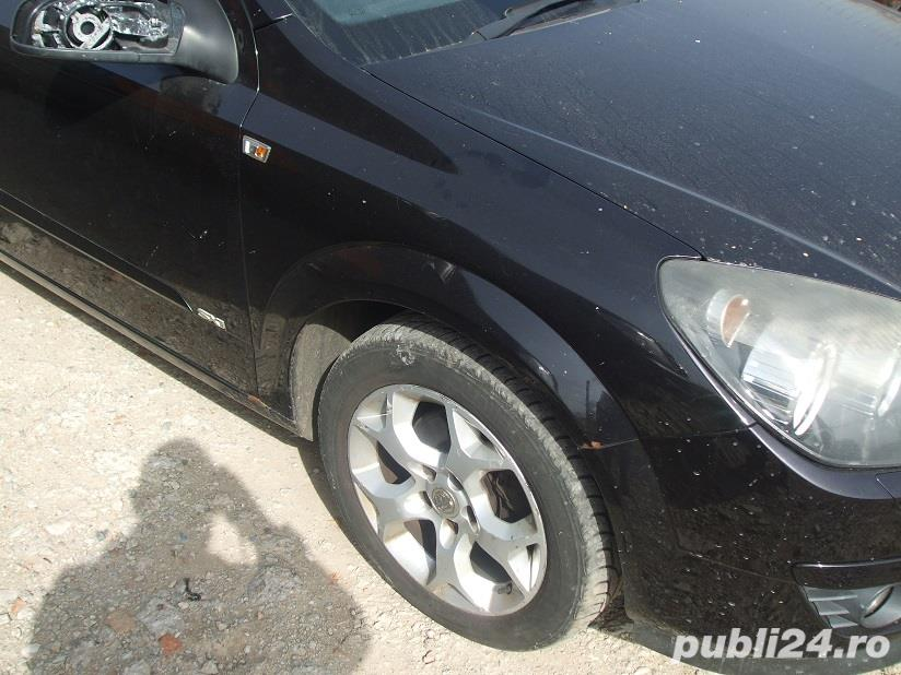 Far dreapta Opel Astra H