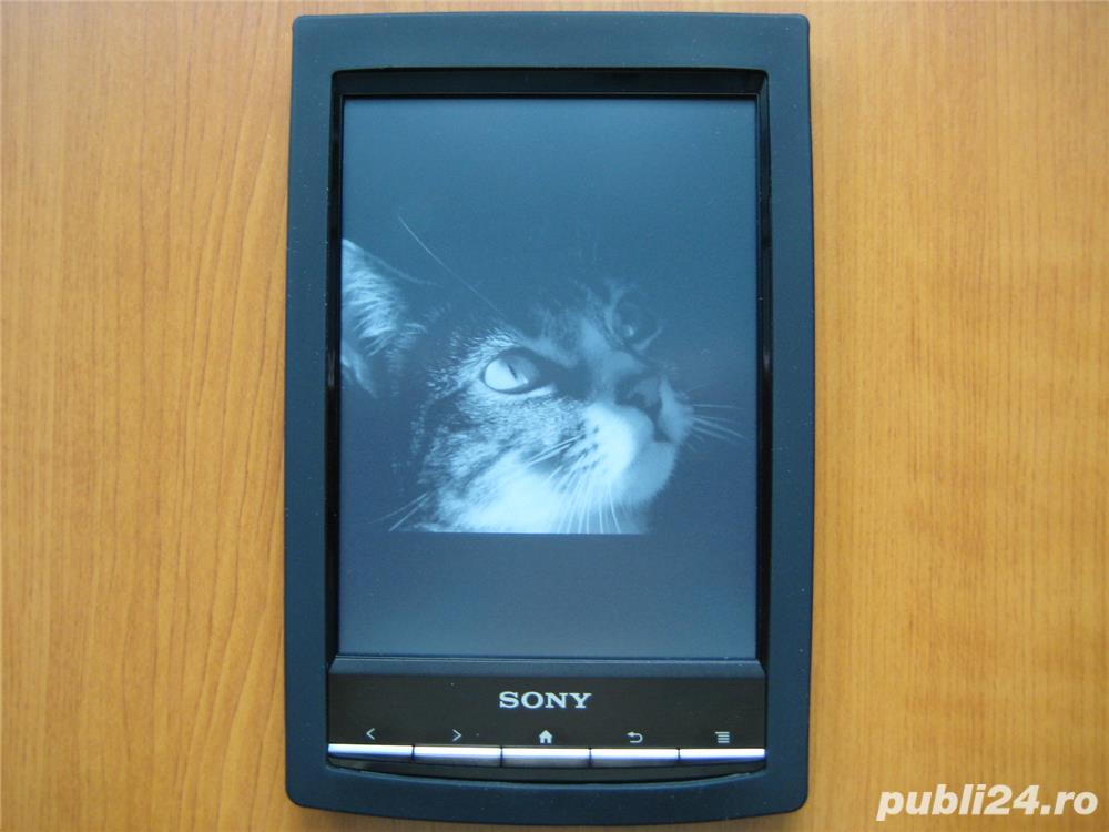Husa si folie (tipla) protectie pentru ebook reader Sony PRS-T1