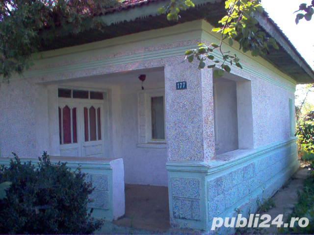 Casa 2 cam si teren 1100 mp, satul Cucuruzu judet Giurgiu linga lacuri