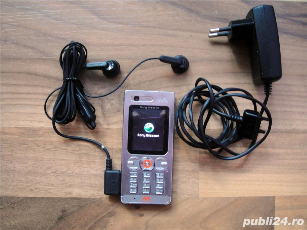 Sony Ericsson W880i argintiu