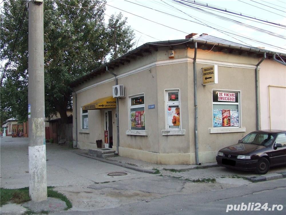 Vand casa de locuit sau posibil magazin