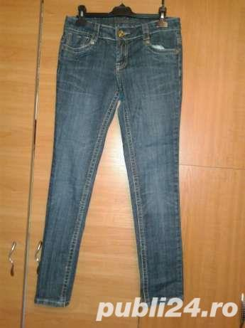 Reducere! Jeans_ Blugi fashion albastrii DollHouse UK , S -M