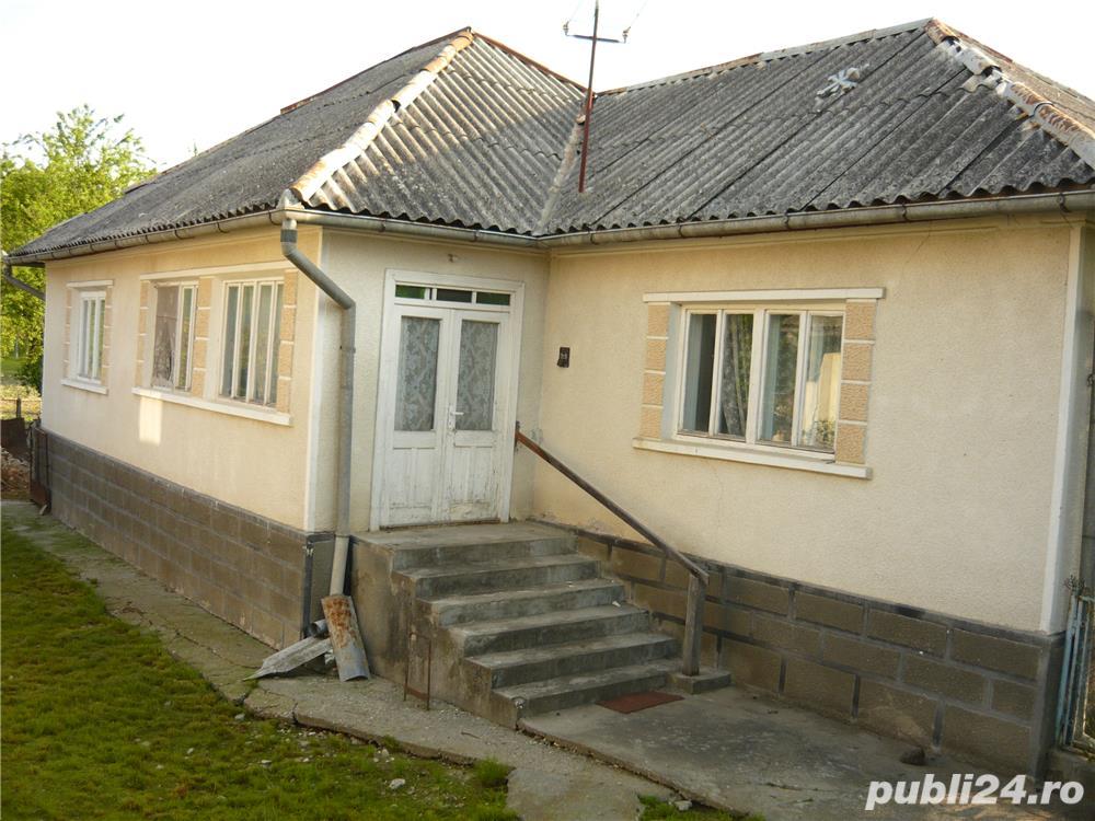 Casa si gradina de vanzare in sat. Piatra, com. Chiuza, jud. Bistrita Nasaud