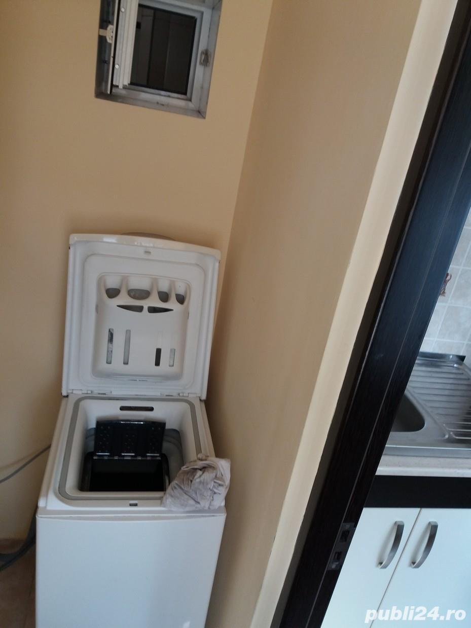 Inchiriem urgent apartament 2 camere, decomandat, semimobilat, utilat, renovat
