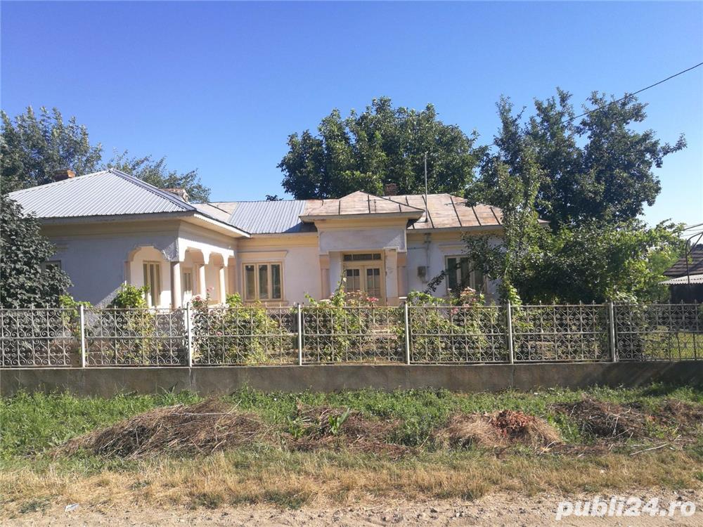 Schimb casa - ap.  doua camere in Bucuresti