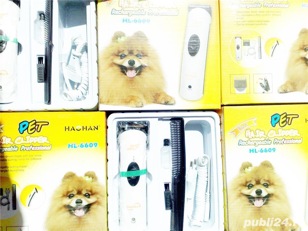 Masina tuns caini pisici Pet Hair Clipper functioneaza cu acumulator sau la 220V Pret 40 lei