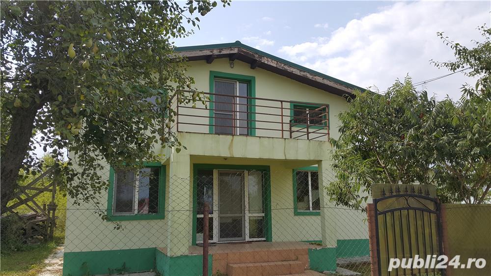 Casa 4 camere in zona pitoreasca de deal Viperesti
