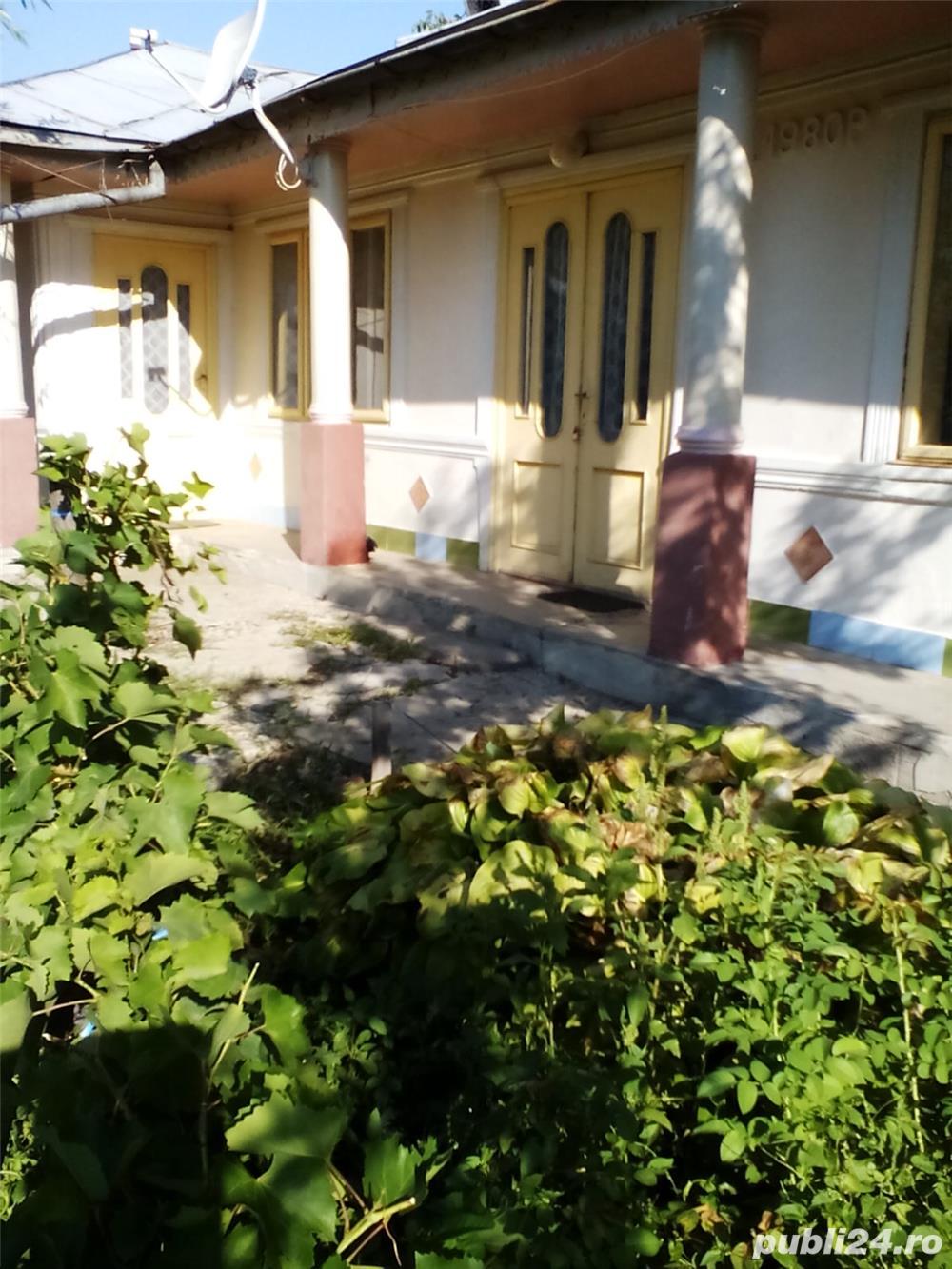 Casa in comuna Tepu (Galati) langa biserica