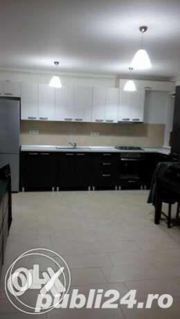 apartament 3 camere cartier nou