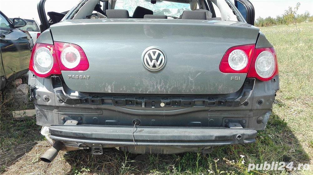 Cutie Viteza 6+1 VW Passat 2006 1.6 benzina  FSI cod BLF