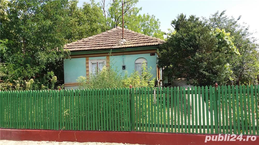 Vanzare  casa  2 camere Ialomita, Facaeni  - 16 EURO