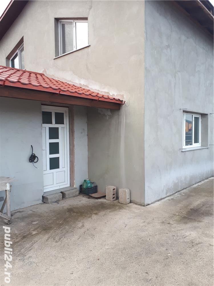 Casa .fundatie .teren