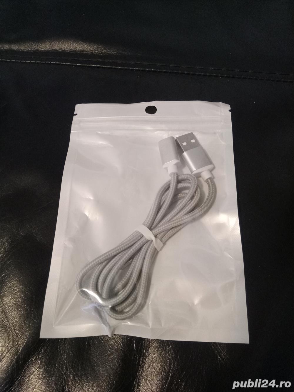 Cablu magnetic pentru Android cu insertie