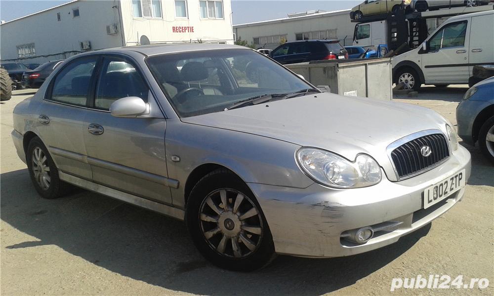 Dezmembrez Hyundai Sonata din 2002 2.7 benzina v6 tip G6BA
