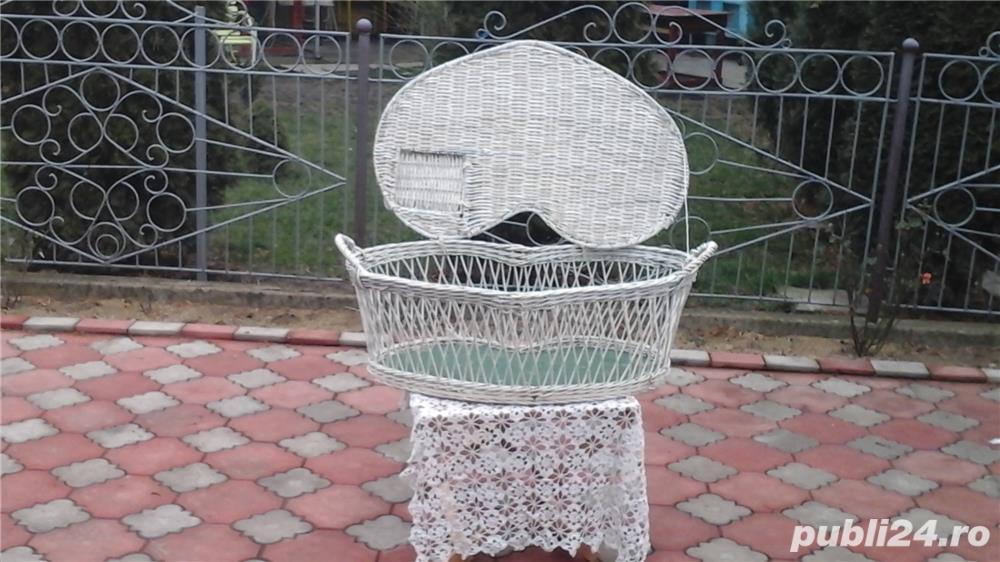 Inchiriez porumbei  albi  pentru  nunti
