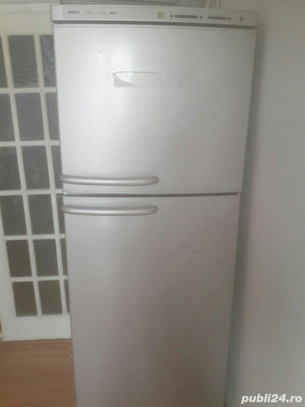 Propietar vand frigidere