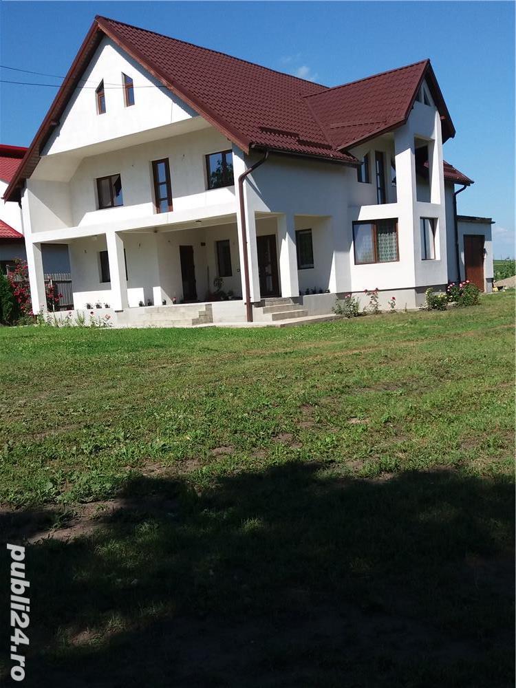 Vand casa cu mansarda si teren de 2160mp