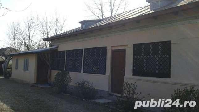 vanzare casa,7 camere, sat Ologeni,Comuna poienarii Burchii,  Jud. Prahova