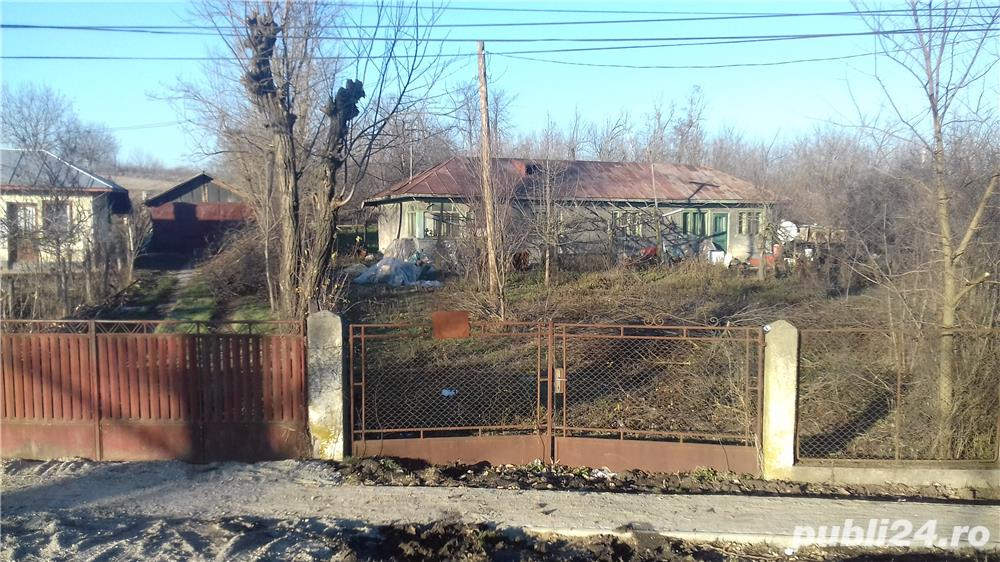 Vand casă la curte în Târnava, com. Botoroaga, jud. Teleorman