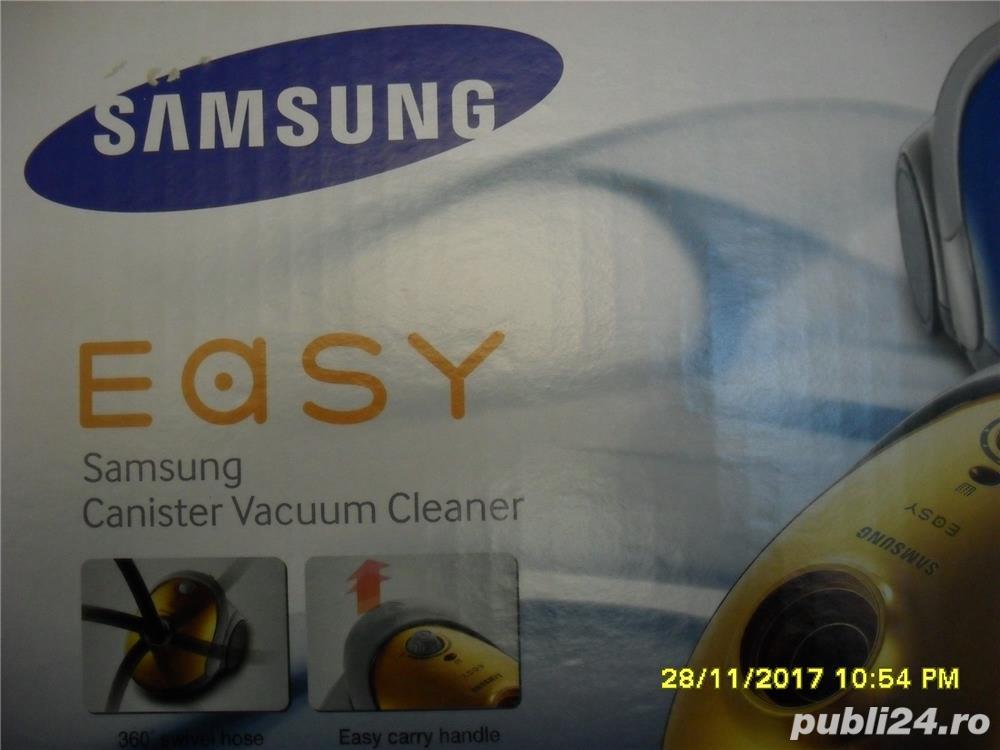 SAMSUNG Easy, Model SC52FO, Anglia, aspirator de praf, nou, la cutie, accesorii, culoare rosie, cap