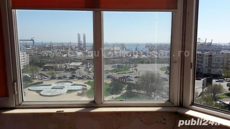 Vanzare apartament 2 camere decomandat la FAR cu vedere la mare/port