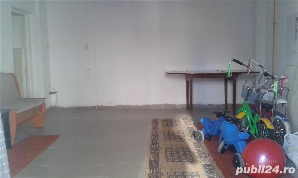 PROPRIETAR ,inchiriez spatiu in zona Bariera Bucuresti