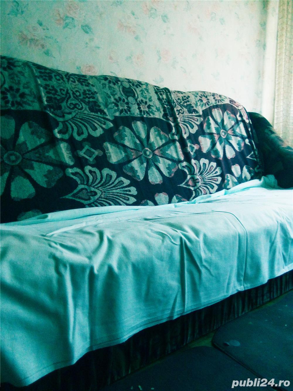 Apartament  3 camere confort 1 semidecomandat