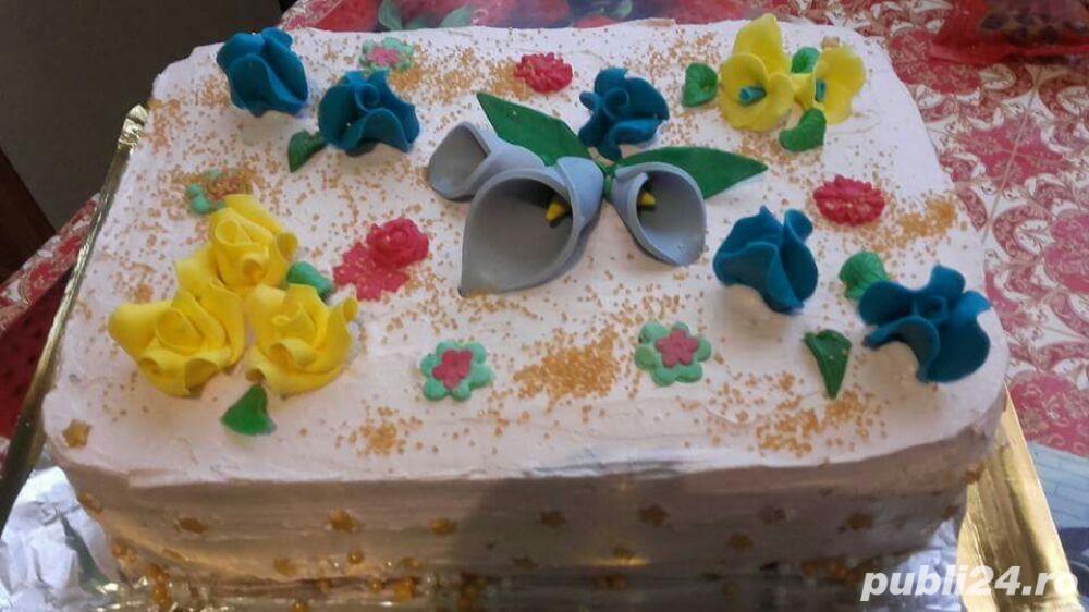 Prajiturii si tort