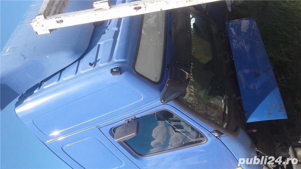 Dezmembrez Volvo fh 12 euro 3 motor 420