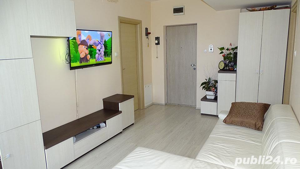 Apartament 3 camere de vanzare, Prima Nufarul
