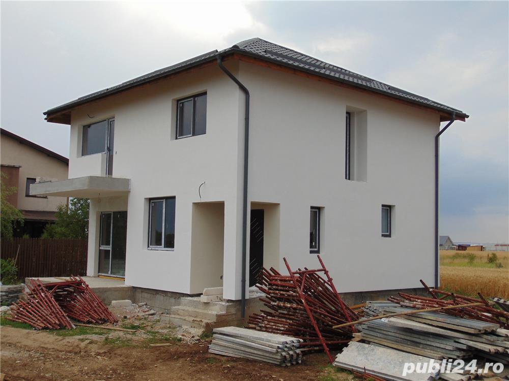 FARA COMISIOANE casa cu 4 camere si 2 bai P+1+pod terasa finisaje canalizare LA CHEIE merita vazuta