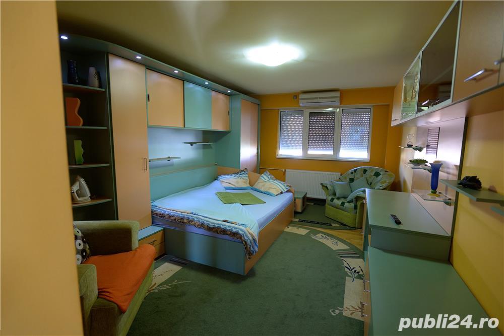 Investitie buna in zona complex, proprietar: apartament de lux la cheie, mobilat, 3 camere decom.