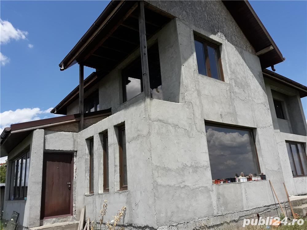 Vand - teren + casa (la gri) - oras Mihailesti - 20 km de Bucuresti