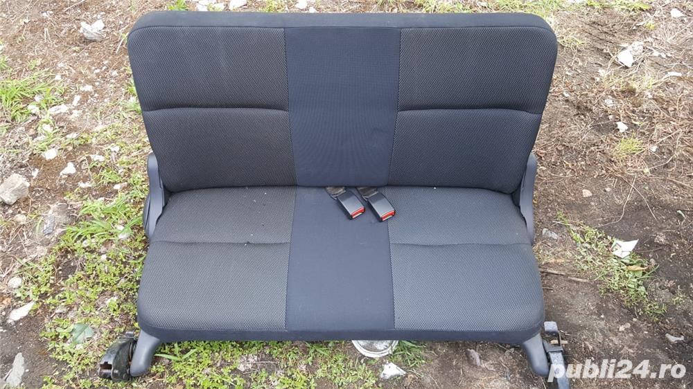 Bancheta spate scaune spate Nissan Terrano 2 originale stare foarte buna