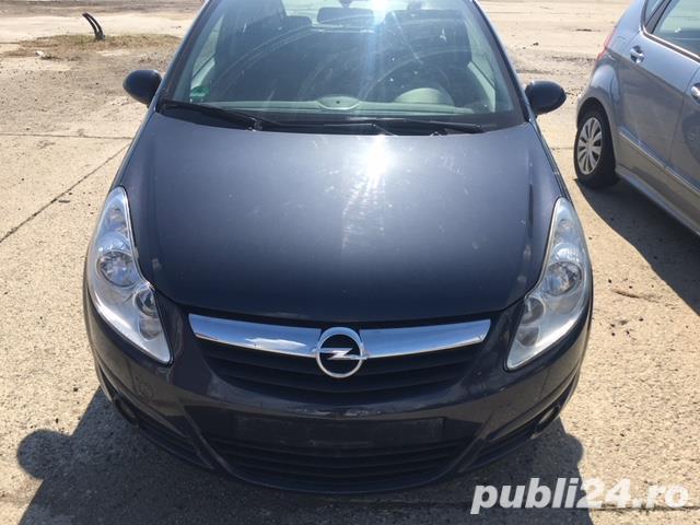 Dezmembrez Opel Corsa D 1