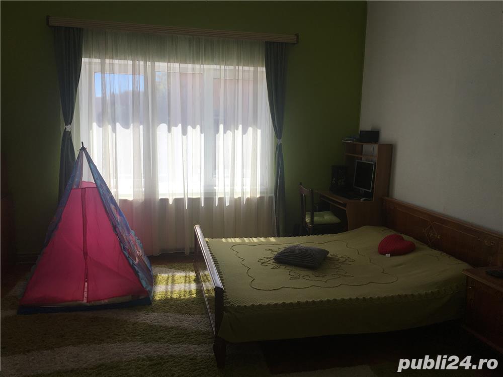 Casa 3 camere, in Piata Cluj