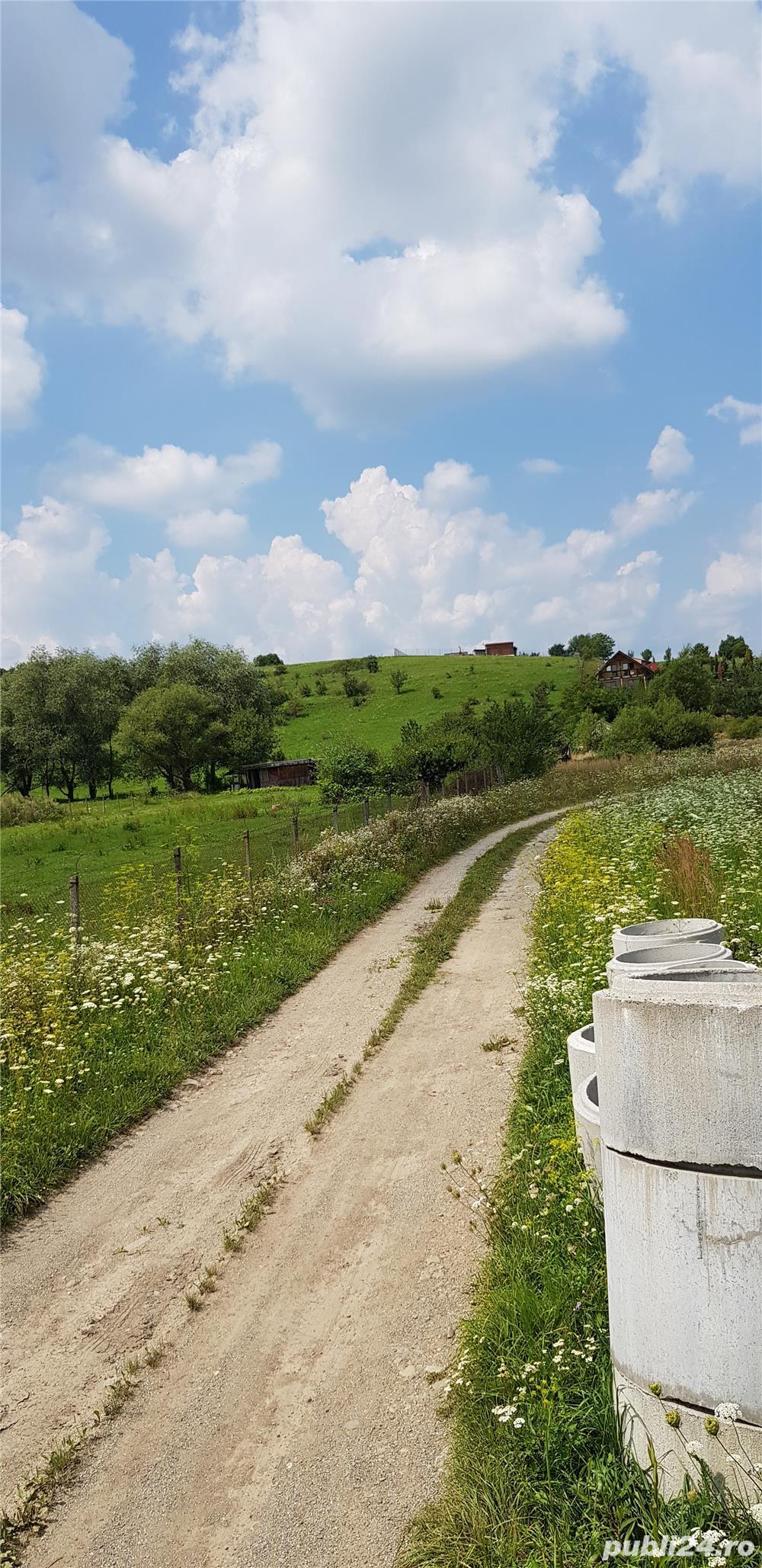 Vand teren intravilan 10500 mp. situat in Cisnadie pe soseaua Selimbarului