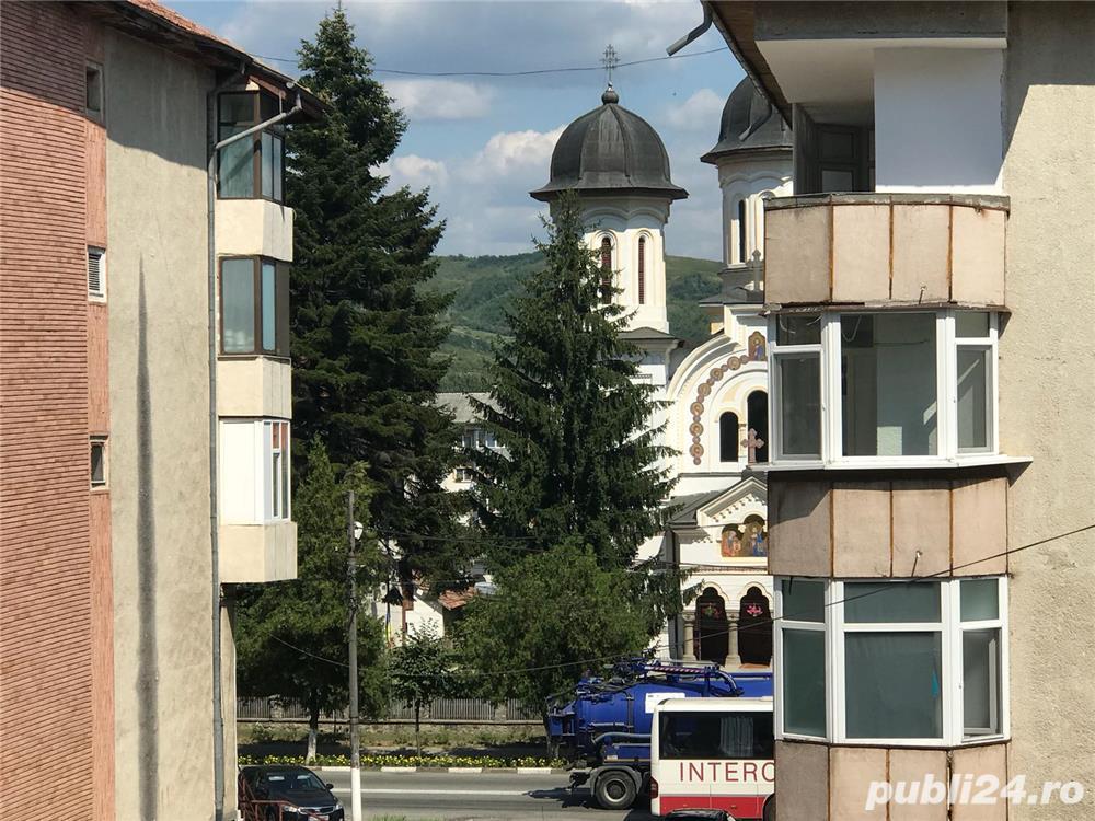 Vanzare  apartament  cu 3 camere Valcea, Seaca (Calimanesti)  - 65 EURO