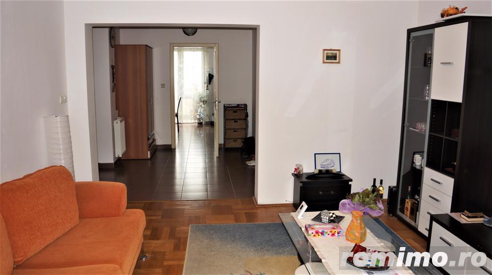 Apartament, 3 camere, 90 mp, parcare, terasa, zona str. C-tin Brancusi