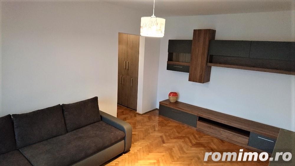 Apartament, 3 camere, 65 mp, totul nou, zona str. Donath