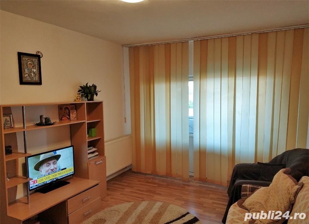 Apartament decomandat, cu centrala cu gaz, zona Delfinariu