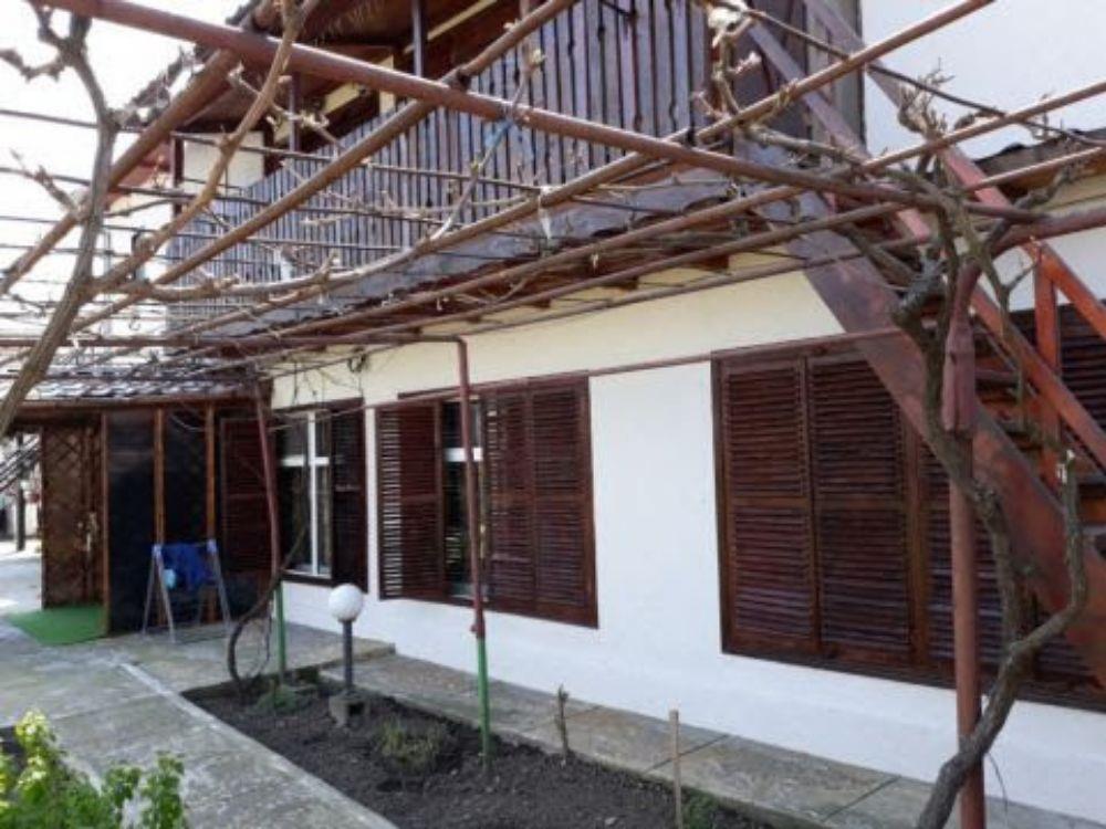 Techirghiol casa p+1  teren proprietate 98500. eur.