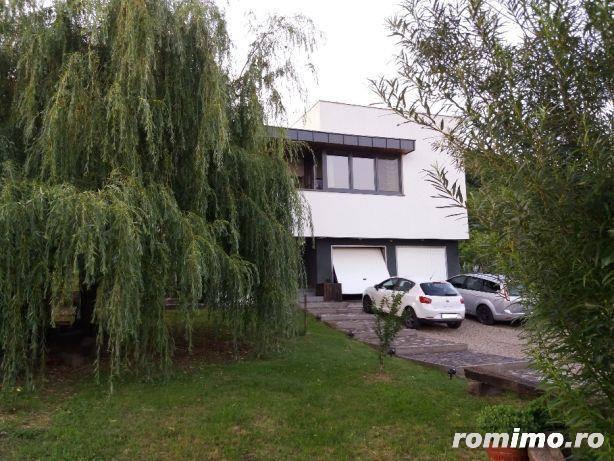 Casa cu arhitectura deosebita si cu o panorama superba
