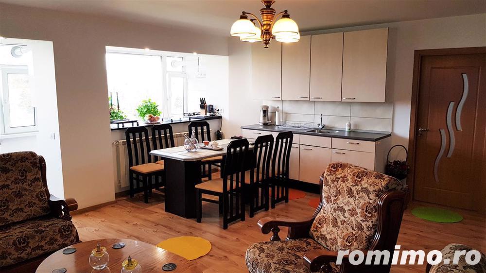 Apartament 2 camere, mobilat, utilat, cu vedere la Parc