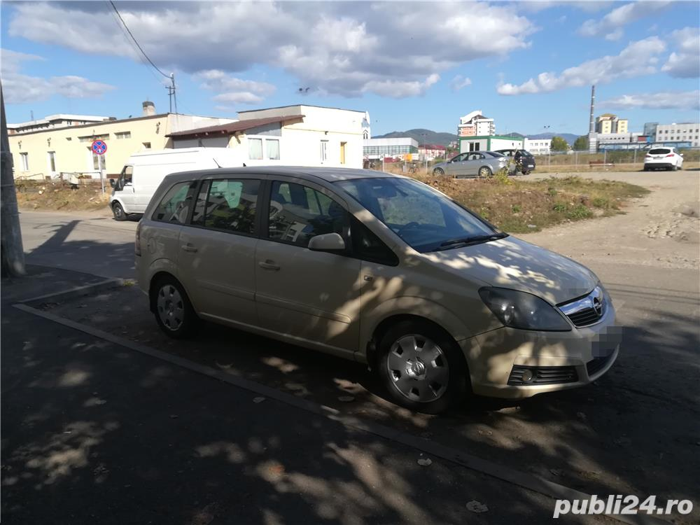 Vând Urgent Opel Zafira B