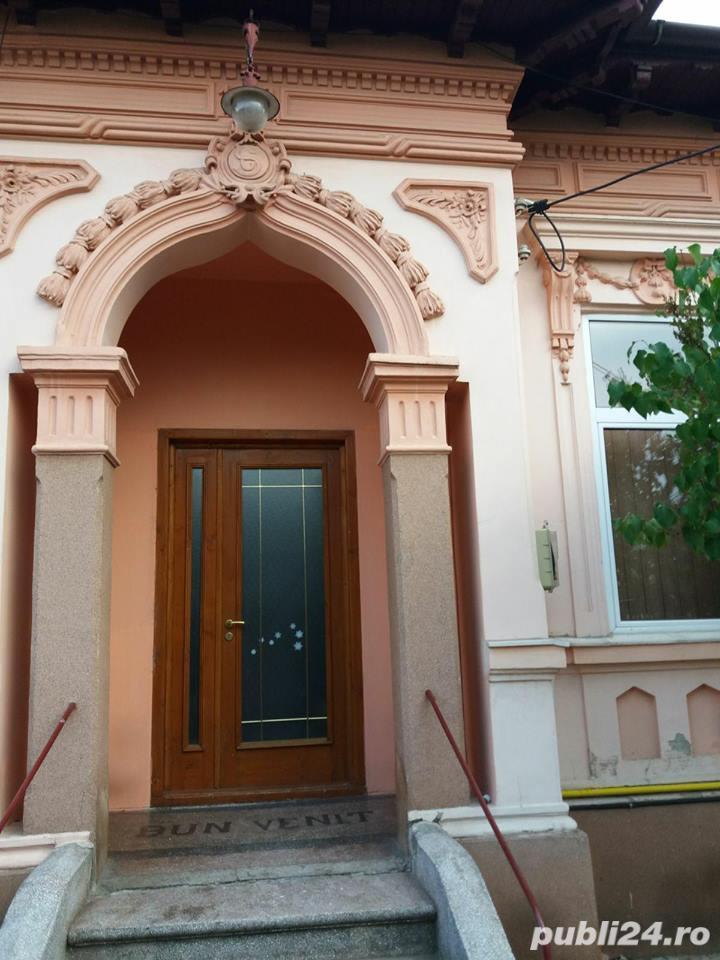 Casa de vanzare centru Ploiesti, langa liceul Caragiale