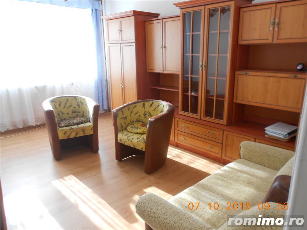Dacia,apartament 3 camere,decomandat,s-58 mp,etajul 8/10,panorama deosebita,pret 69.000 euro