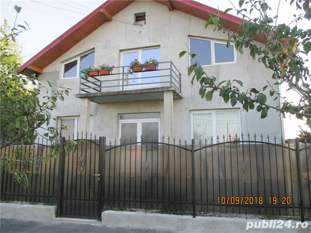 casa cu etaj 1+1