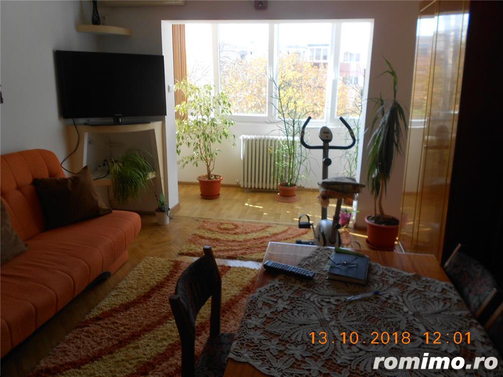 Matei Basarab,apartament 4 camere decomandat,et 3/4,80 mp,85.000 euro